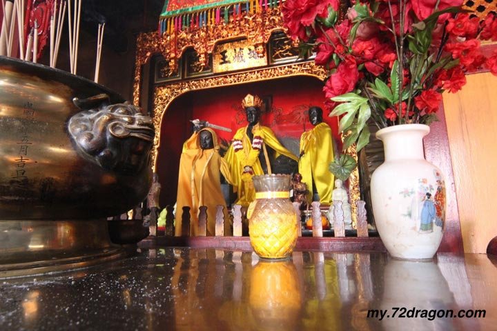 Seng Ong Beow-Jelutong / 城隍廟-日落洞3 class=