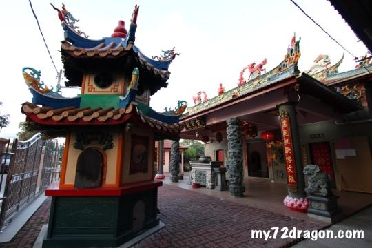 Koh Leng Tian- Sungai Sendok  / 古靈殿-双溪申洛7