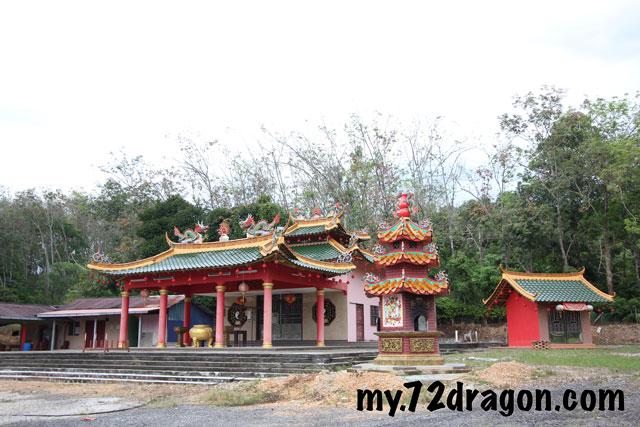 Yik Wang Pak Ku Meo-Linggi / 玉皇盤古庙- 寧宜 09